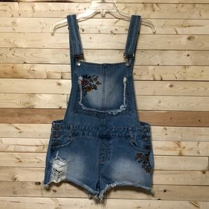 Hot kiss Distressed AVA overall Junior Size 13